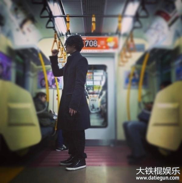 日本艺人赤西仁从kat-tun单飞6年,日前刚宣布老婆黑木明纱怀上第二胎